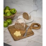 18SS66 Heart Solid Wood Chopping Board