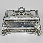 5671 Ornate Leaves Silver Jewellery Holder